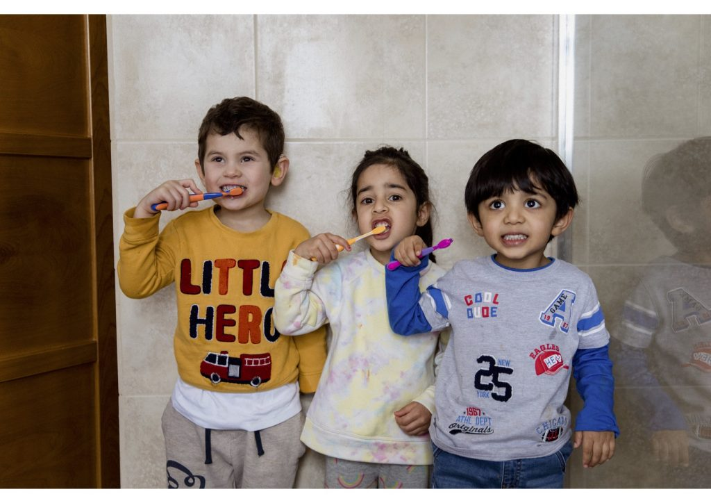 2C5A7721 Brushing teeth